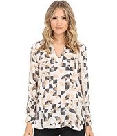 Vince Camuto - Graphic Signature Back Seam Tunic