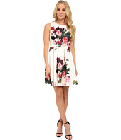 Vince Camuto - Sleeveless Rose Bouquet Dress