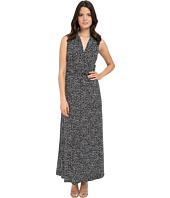 Vince Camuto - Sleeveless Speckle Graphic Halter Maxi Dress