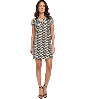 Jessica Simpson - Short Sleeve Printed Shift Dress with Metal Neck Detail