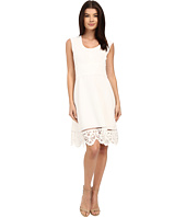 Adrianna Papell - Laser-Cut Scalloped Hem Dress