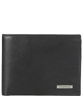 Steve Madden - Bifold Leather Wallet w/ Key Fob Gift Set