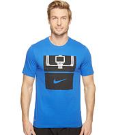 Nike - Dry Basketball Hoop T-Shirt