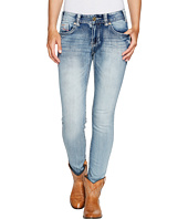 Rock and Roll Cowgirl - Mid-Rise Skinny in Light Vintage W1S2333