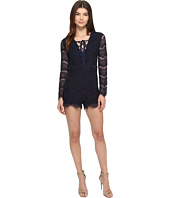ROMEO & JULIET COUTURE - Long Sleeve Lace-Up All Over Romper