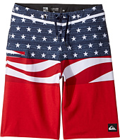 Quiksilver Kids - Everyday Blocked Vee 19 Boardshorts (Big Kids)
