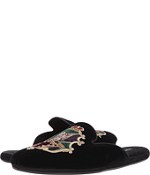 Dolce & Gabbana - Coat of Arms Slide