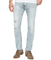 Calvin Klein Jeans - Slim Fit in Salt Water Indigo Wash