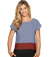Vince Camuto - Foulard Border Extend Shoulder Blouse
