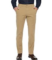 Dockers - Slim Tapered Fit Workday Khaki Smart 360 Flex Pants