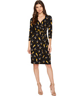 Adrianna Papell - 3/4 Sleeve V-Neck Wrap Dress